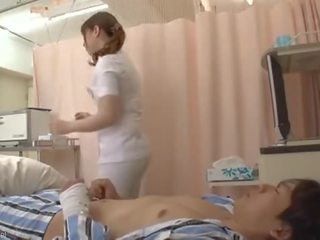 Hunt cherry madura enfermeira