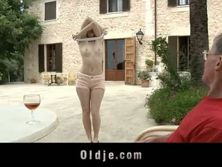 Oldje: denisa heaven screwed s an old man outdoors