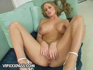 Lusty vollbusig abby rode