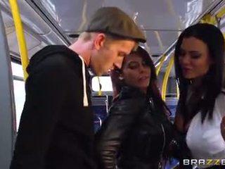 Autobuss drātēšanās par seksuālā meitenes madison ivy un ja