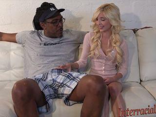 80lb blondýnka takes na 12 inch největší černý kohout: vysoká rozlišením porno b4