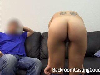 jauns, dīvāns, cum