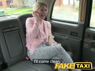 Faketaxi geil klant calls taxi bluff