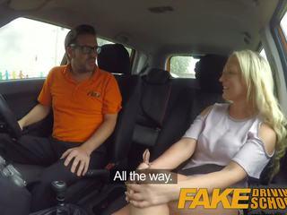 Fake driving school- seksueel discount voor groot tieten blondine schots babe