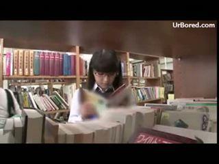 Şirret giyinik seks tarafından kütüphane geek 01