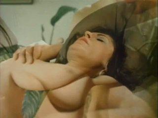 बड़े स्तन, विंटेज, परिपक्व