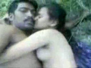 Tamil couples bayan outdoors