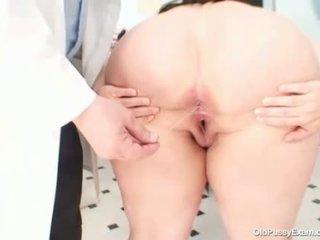 Grande tetitas gorda mamá rosana gyno doctor examination