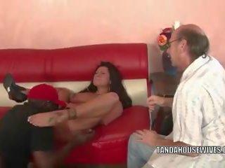 Overspel vrouw nikita denise gets nailed met een zwart.
