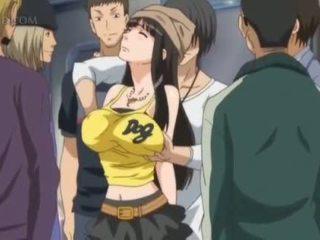 Barmfager anime sex slave gets brystvorter pinched i offentlig