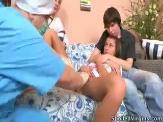 brunete, bērns, trijatā