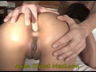 Asiatico giovanissima inkpad