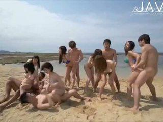 morena, japonés, sexo en grupo