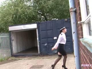 Pure xxx filmas jāšanās a krūtainas policija sieviete par nē smalks