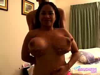 Annmarie vegas - বিশাল booby bartender বেশ্যা অংশ 2 -20sec
