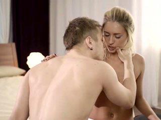 hardcore sex, blondīnes, nepieredzējis