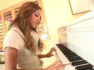 Gorgeous Teen Melanie Rios Solo Video