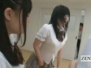 Subtitled japānieši schoolgirls uz thongs dibens judging