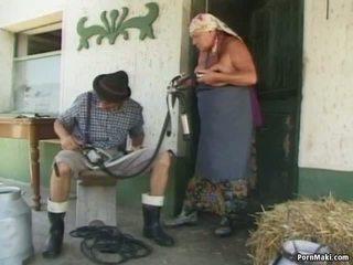 Mollig oma gets een reusachtig load, gratis rijpere porno video- b0