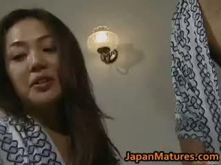 Kimainen japanilainen läkkäämpi babes imevien part3
