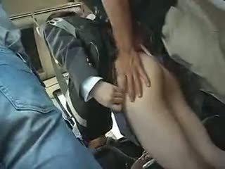 Mekdep gyzy has to give a agzyňa almak in a awtobus