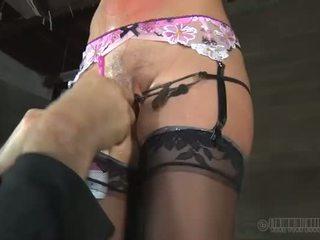 Heet slaaf delights met oraal seks
