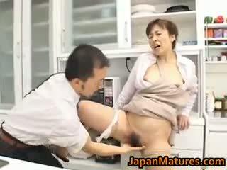 Hitomi kurosaki trưởng thành á châu gà con part1