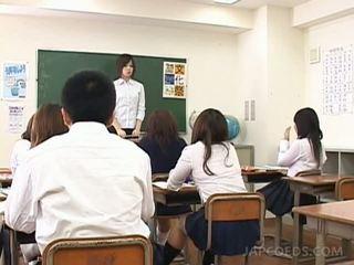 japānas, sīka auguma, skolniece