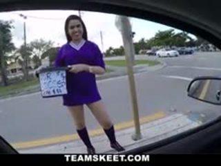 Seksuālā futbols atskaņotājs pusaudze cutie ar liels juggs ada s gets