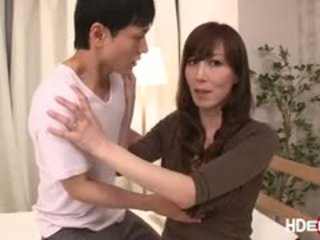 Sexy japonská reiko fucks na dostat a perfektní score