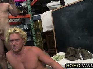 Smešno surfer dude takes kurac