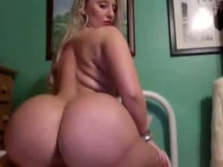 Thick blondi kanssa a booty, vapaa blondi booty porno video- d9