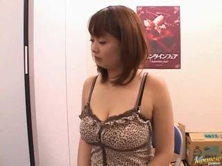 बड़े स्तन, कार्यालय सेक्स, मैं अपने आप को सोख सकता है