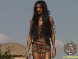 Actiongirl amira hazine