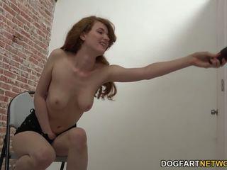Abbey seks parti plays ile bir bbw metres deli en bir glory hole