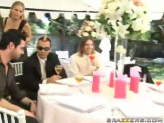 egyenruha, brides