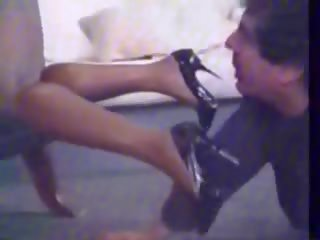 Humiliated weiß junge: whipping porno video b8