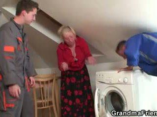 viejo, 3some, abuelita
