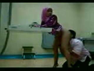 Arab hijab knullet ved henne gynecologist video