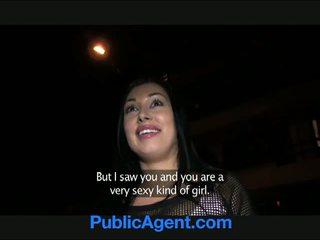 Publicagent groß brüste groß hintern gefickt im öffentlich toilets