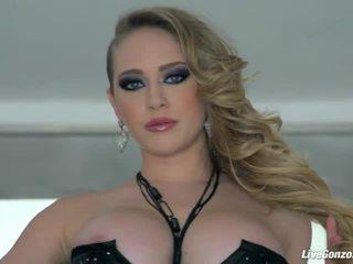 Livegonzo kagney linn karter seksuālā skaistule getting fucked visi vairāk