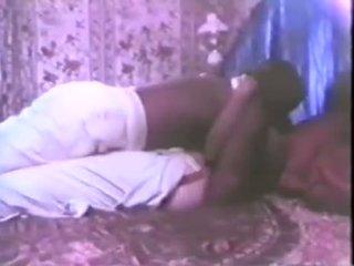 brunette sex, hot kissing action, online vintage clip