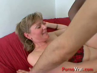 A very slutty family mother gets fucked! french amatir