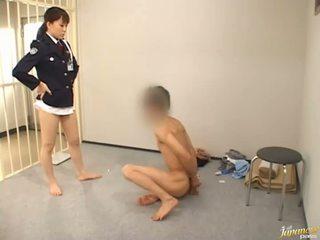 เพศไม่ยอมใครง่ายๆ, ญี่ปุ่น, หีเจาะ