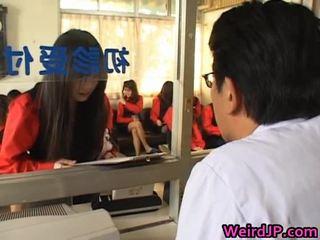 Aziāti meitenes getting a amoral sekss