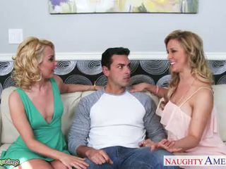 Sexy pui aaliyah dragoste și cherie deville sharing pula