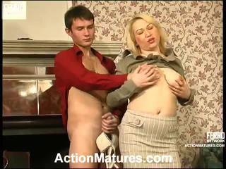 Nóng hành động matures video starring christie, vitas, sara