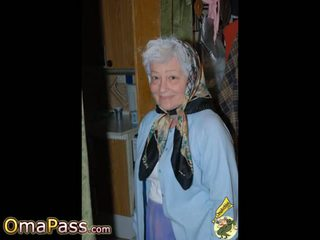 Omapass vroče babice prikazuje ji mokro muca: brezplačno porno 11
