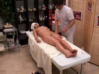 Colegiu fata seduced de masseur