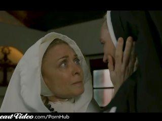 Rijpere lesbisch non nina hartley sins met milf lover
